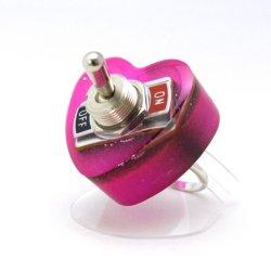 画像1: ハート形ヤル気スイッチリング(mini) ピンク 電子部品アクセサリー