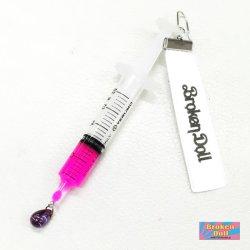 画像1: 注射器 血液の雫ピアス(イヤリング)ピンク 原宿系、ナースコスプレ、病みかわいい、ゆめかわいい