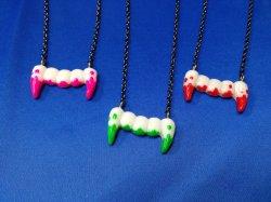 画像1: モンスター牙のネックレス (スプラッシュタイプ) GOTH、原宿系ファッション