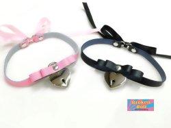 画像1: ハート南京錠キーロック リボンチョーカー (カラー:ブラック、ピンク)